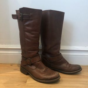 Steve Madden Brown Engineering Boot - size 8